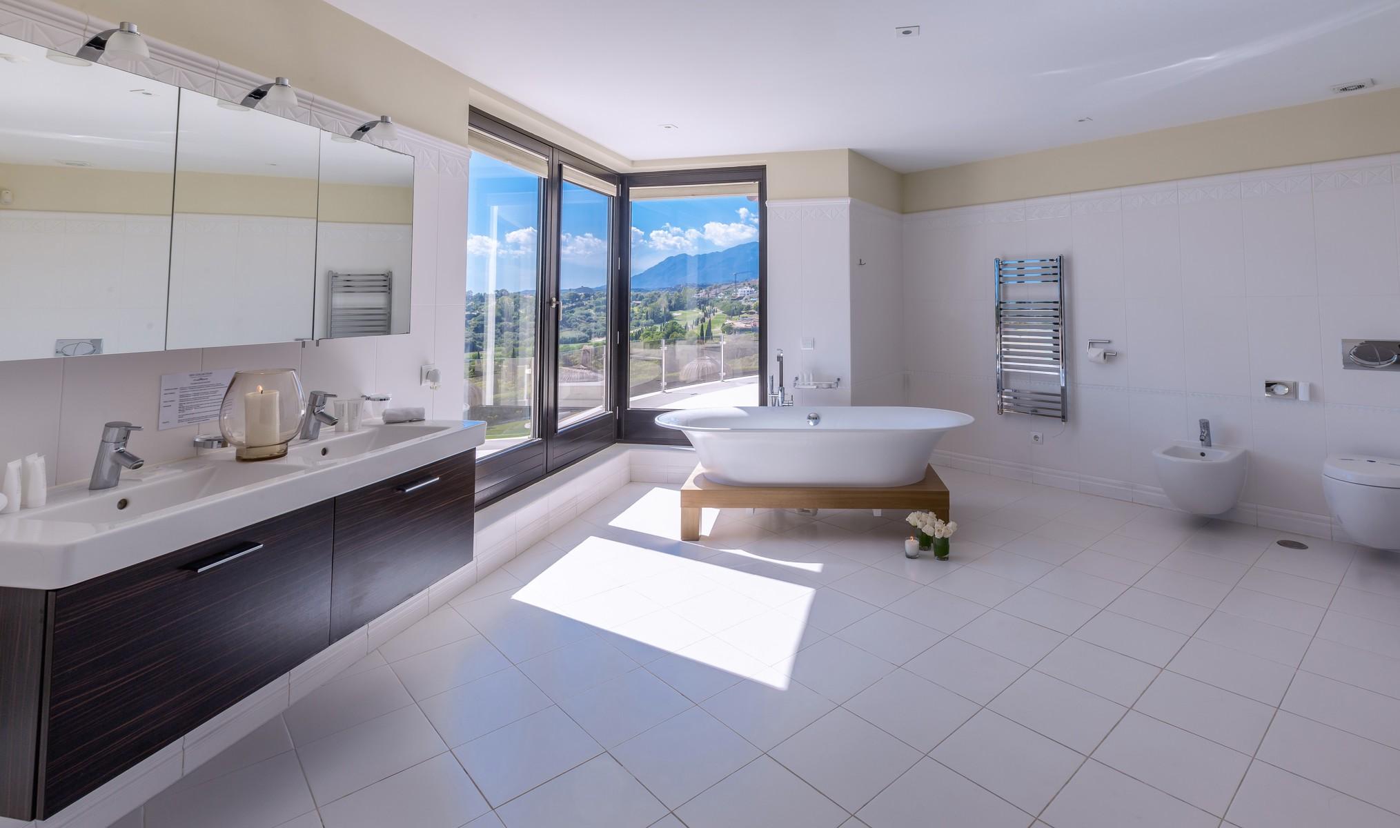 19-villa-el-cano-bathroom