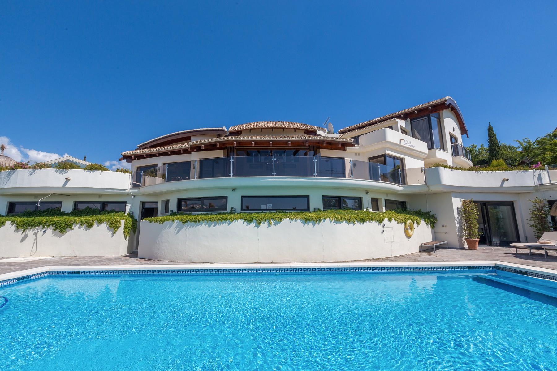3-villa-el-cano-exterior-pool-2