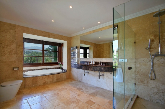 0140-GHF_Ensuite_Bathroom_4(1)