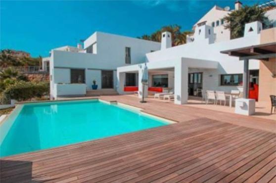 villa capitan puerto banus marbella 6 beds 1
