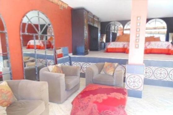 villa capitan puerto banus marbella 6 beds 17