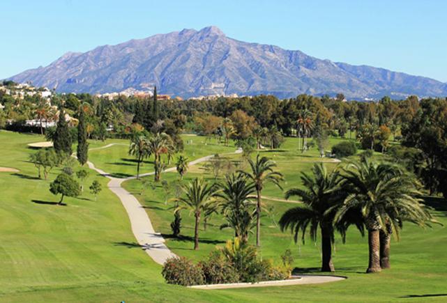 golf villa marbella