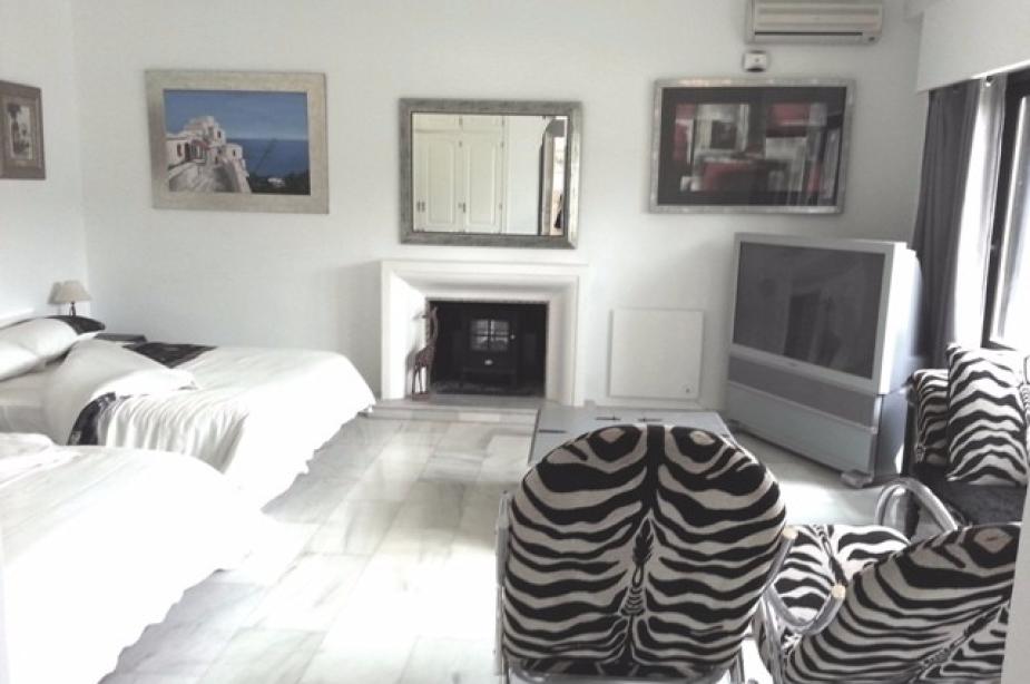 1 of 10 bedrooms