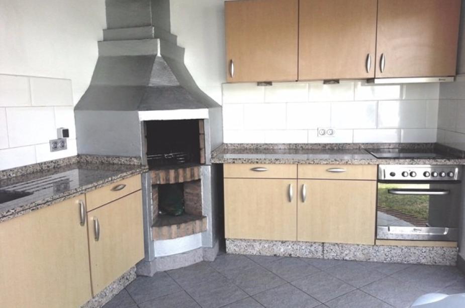 Exterior BBQ kitchen