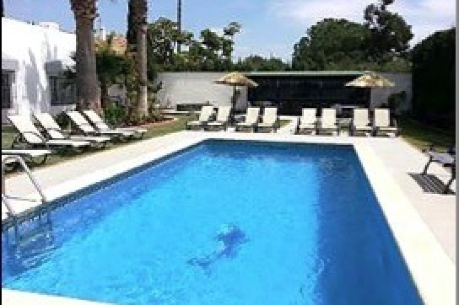 Villa Vega pool2