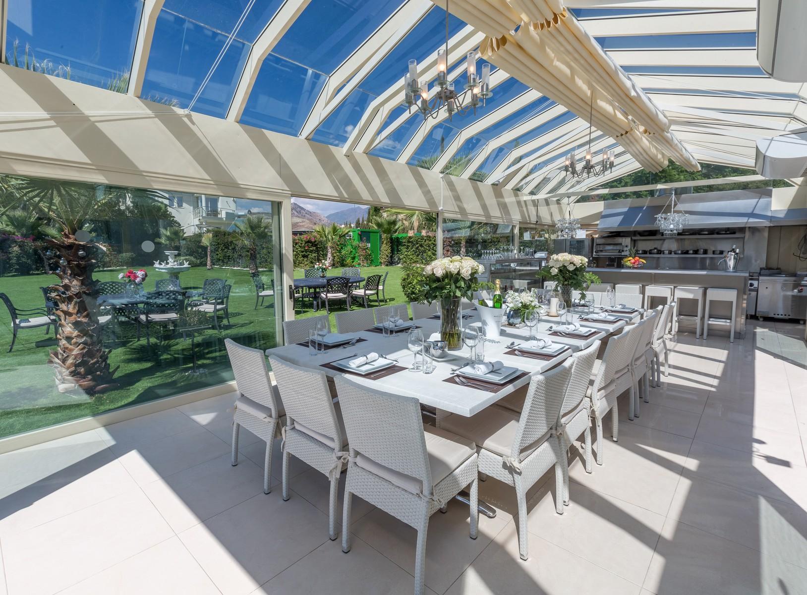 9-villa-el-cano-conservatory-2