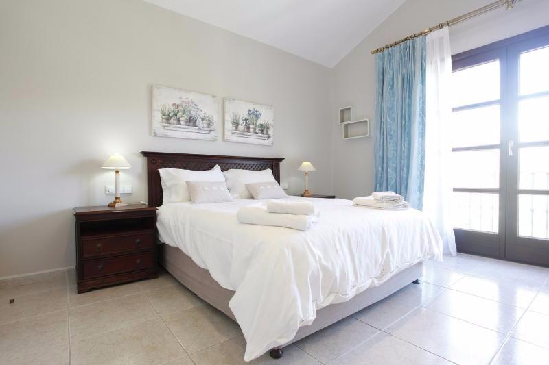 Villa Rica bedroom 12