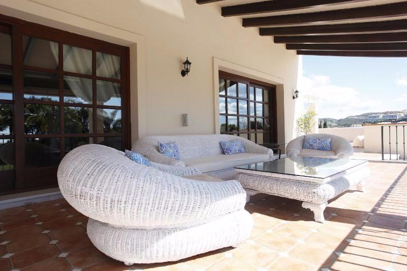 Villa Rica terrace 3