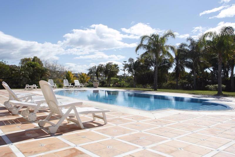 villa Rica pool