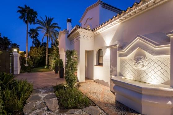 Holidays in Marbella Villa Blanca 10