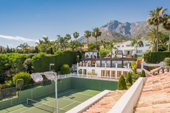 Holidays in Marbella Villa Blanca 11