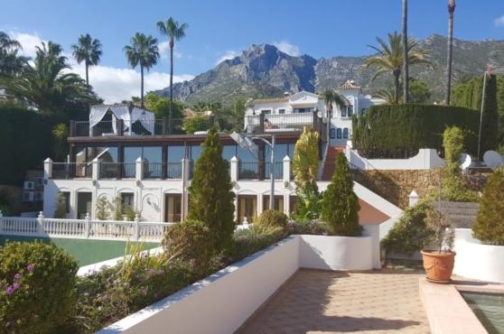 Holidays in Marbella Villa Blanca 13