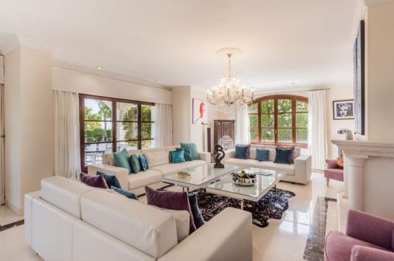 Holidays in Marbella Villa Blanca 18