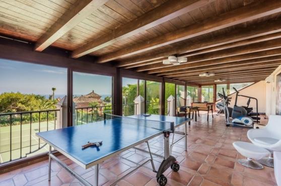 Holidays in Marbella Villa Blanca 37