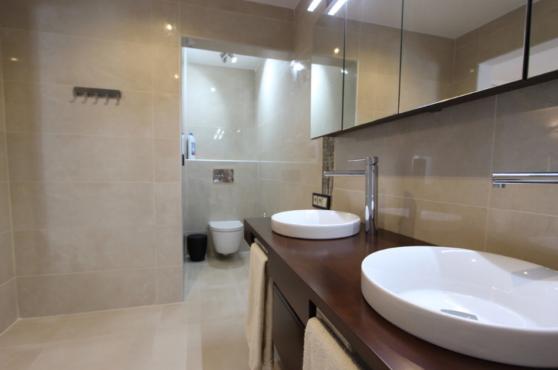 Villa Domino Elviria bathroom 6
