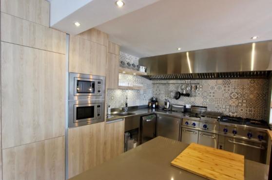 Villa Domino Elviria kitchen
