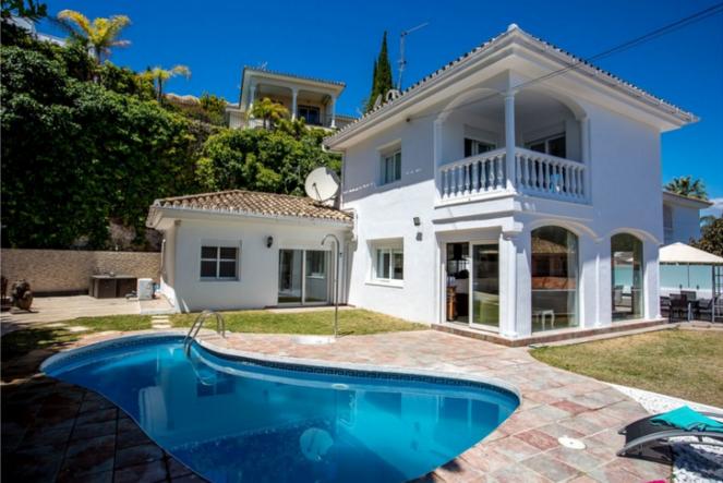 Puerto Banus villas