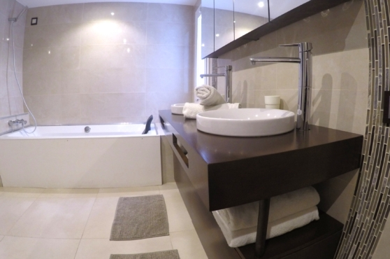 Villa Domino Marbella sleeps 22 – bathroom 2
