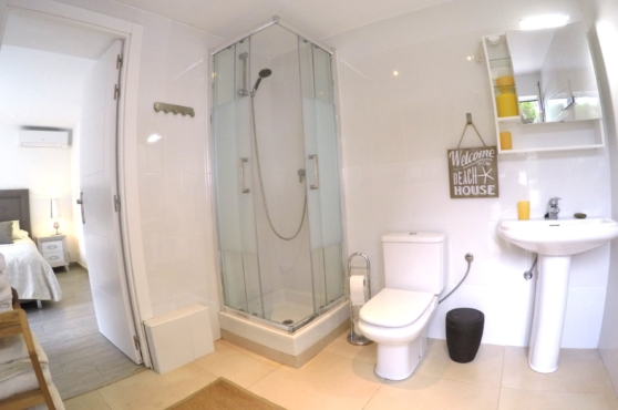 Villa Domino Marbella sleeps 22 – bathroom