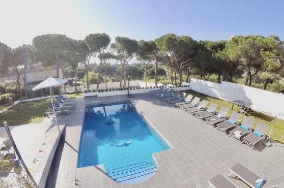 Villa Domino Marbella sleeps 22 – pool with sea views