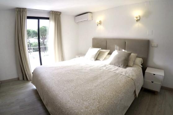 Villa Domino sleeps 22 – bedroom 5